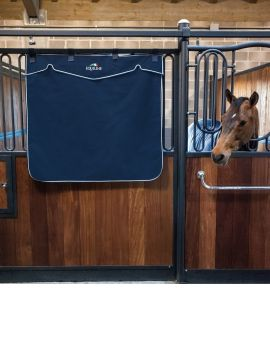 Equiline Stable Curtain short version - 1