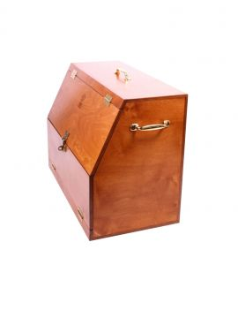 One Equestrian wooden grooming box - 4